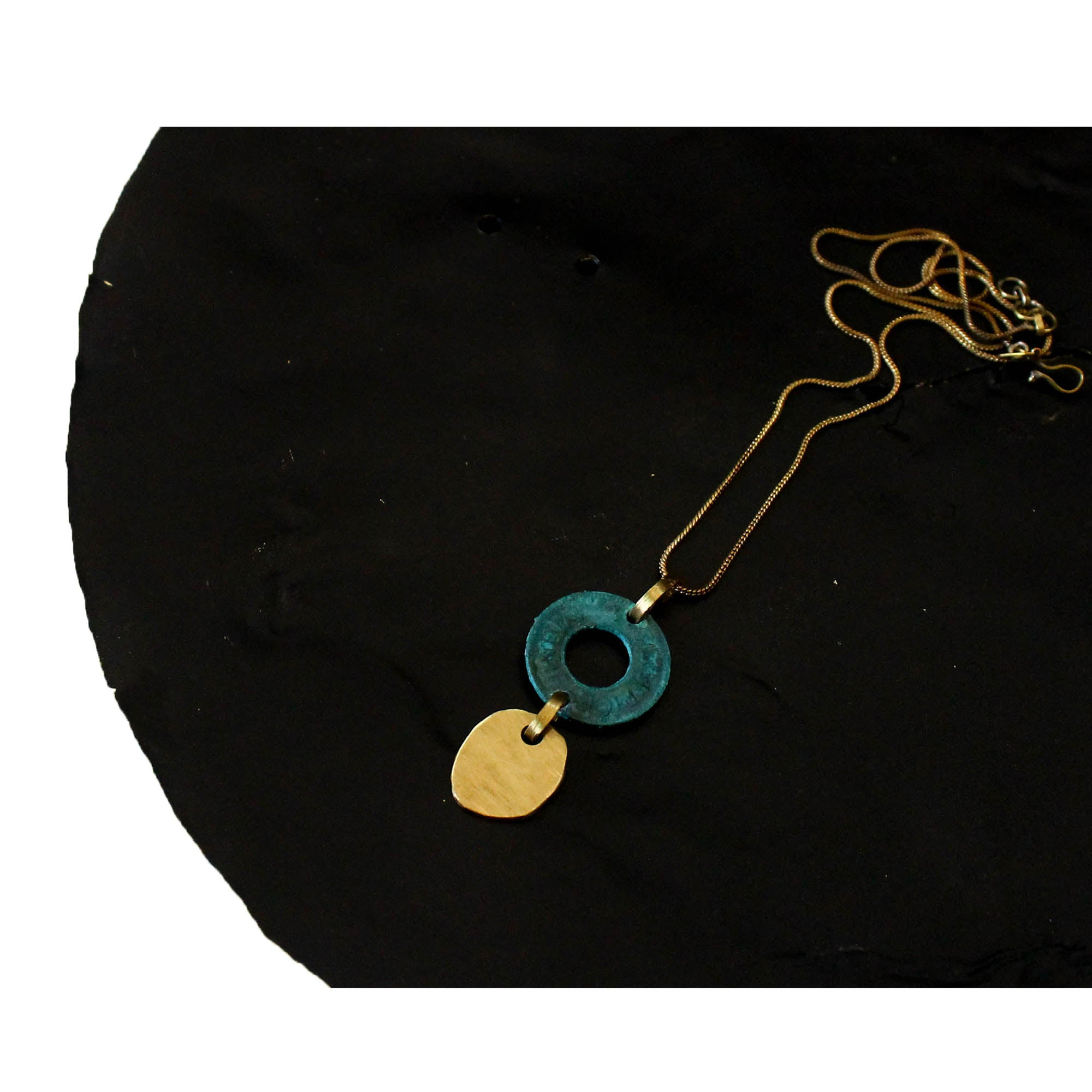 drop-blot neckpiece