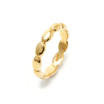 Medium Pebble Stacking Ring in 22K