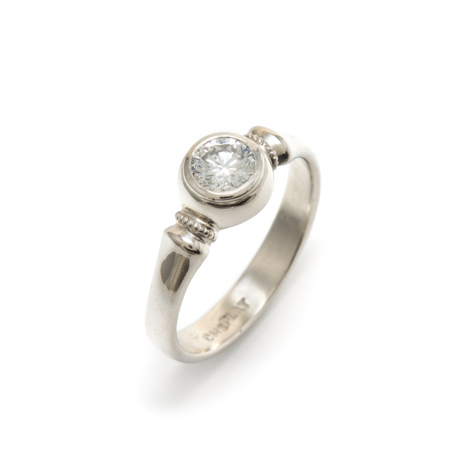 Platinum Millegrained Band Style Ring