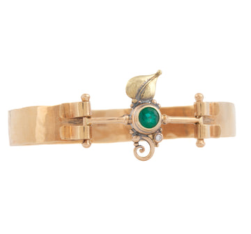 Custom Leaf & Curl Spring Bracelet with Emerald