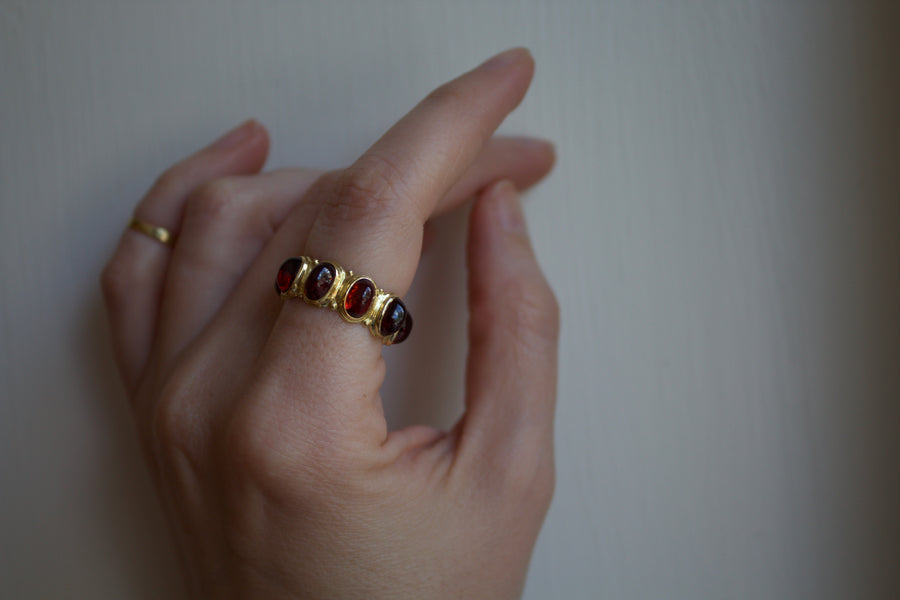 All-Around Ring with Garnets