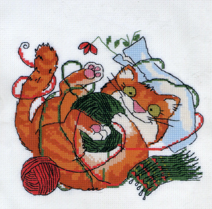 Cat at Home - A RIOLIS cross stitch Kit