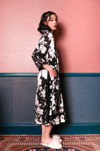 Load image into Gallery viewer, Demi Floral Robe - Black Pink