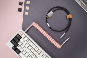 MelGeek Handmade USB Cable Coil on the Keyboard Side |melgeek.com
