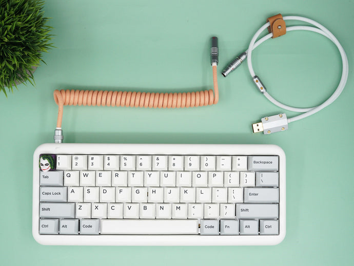 MelGeek Handmade USB Cable Coil on the Keyboard Side Peach White |melgeek.com