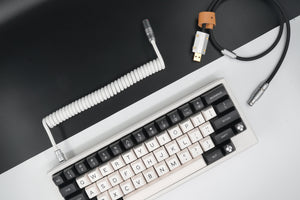 MelGeek Handmade USB Cable Coil on the Keyboard Side Panda |melgeek.com