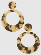 Load image into Gallery viewer, Acetate Tortoise Linked Dual Round Dangling Drop Earrings