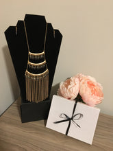 Load image into Gallery viewer, Stylish LeNese Glass Beads and Antique Gold Metal Tassel Necklace Jewelry Set