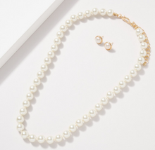 Load image into Gallery viewer, Glass Pearl 10MM Knot Thread Necklace and Earring Set