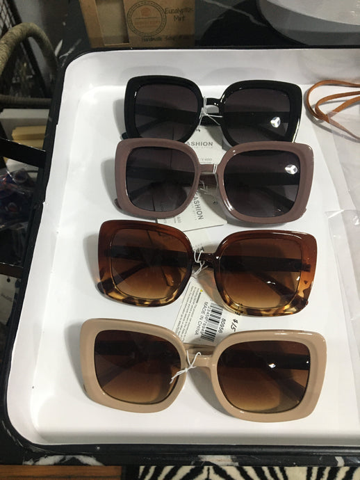 Chic Square Tinted Sunglasses