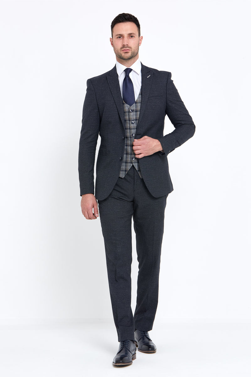 Donald Navy 3 Piece Benetti Suit