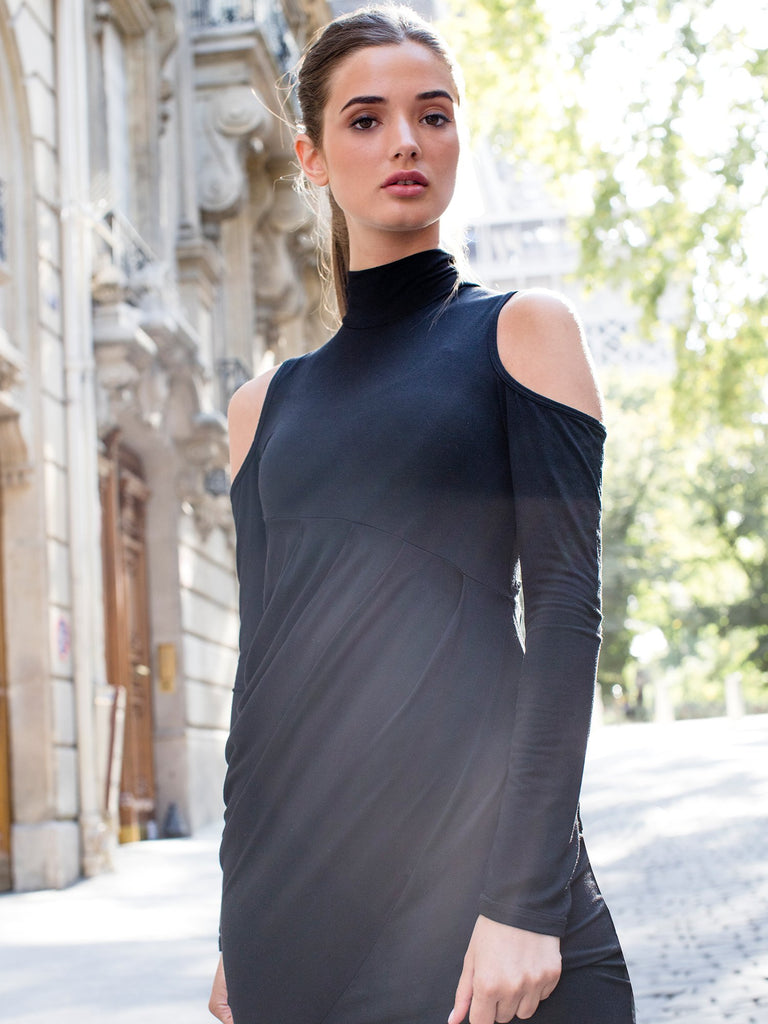 PLEATED DRESS, BLACK