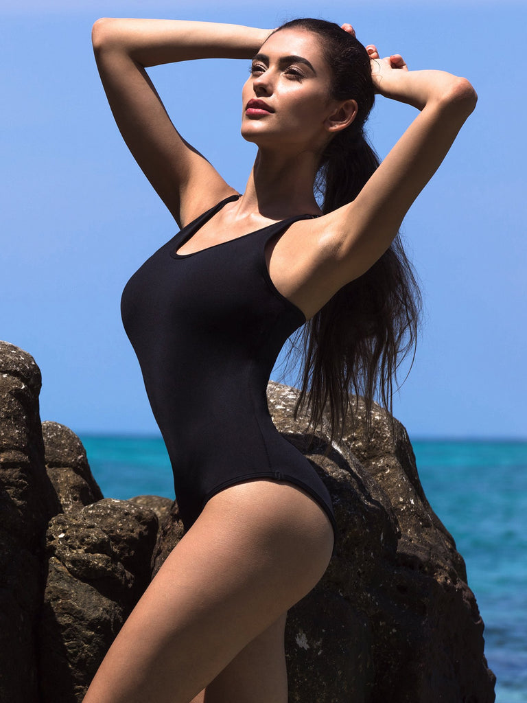 CLASSIC ONE PIECE SWIMSUIT, BLACK