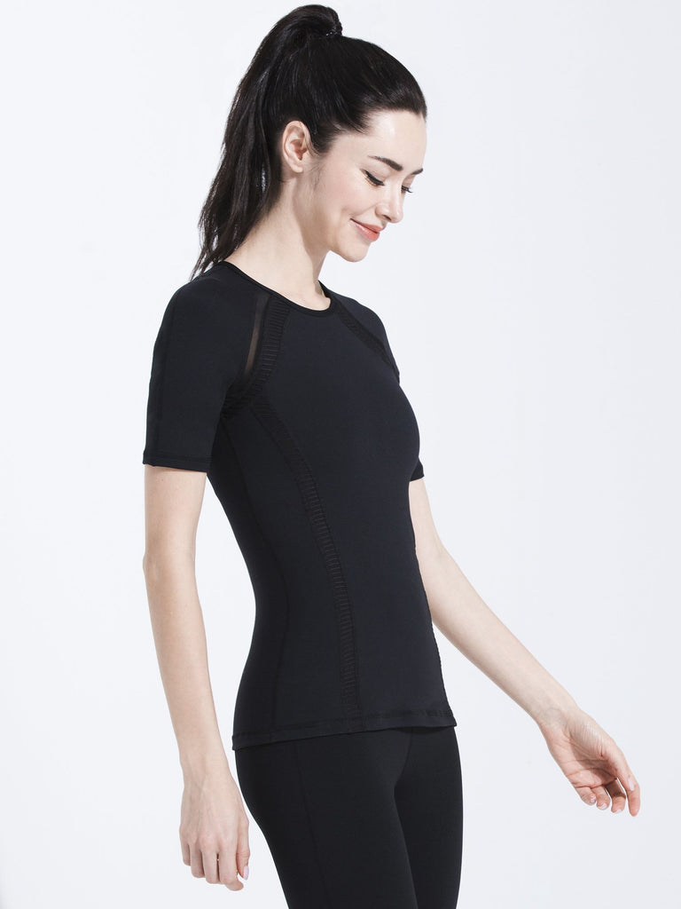 PLEATED MESH TEE, BLACK