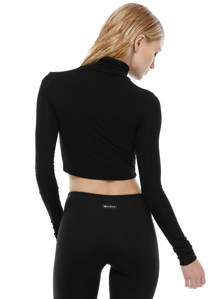 TURTLENECK LONG SLEEVE CROP TOP