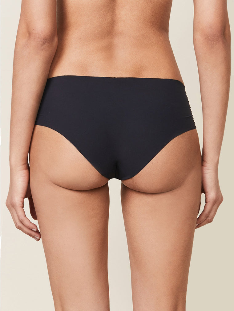 SEAMLESS UNDERWEAR, BLACK