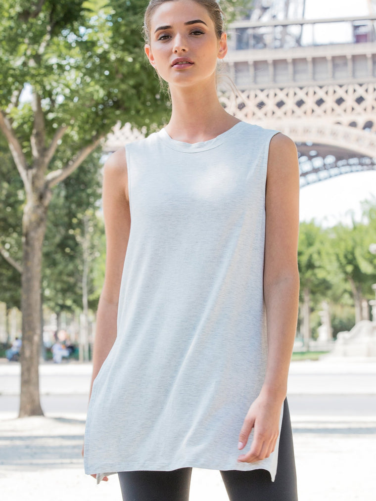 LOOSE CUT OFF TANK WITH SLITS, LIGHT HEATHER GREY