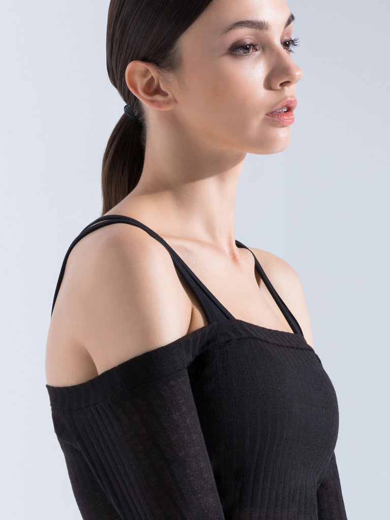 KNITTED HALTER TOP, BLACK