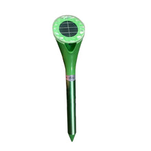 Load image into Gallery viewer, Snake Repeller 100% Waterproof Aluminium Frequency Ultrasonic Rat Solar