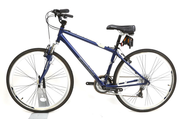 "Schwinn Trailway Hybrid Bike M / 17"" 3 x 7 Speed 700C Wheels"