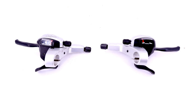 Shimano XT ST-M760 3 x 9 Speed Mountain Bike Trigger Shifter / Lever Set 472 g