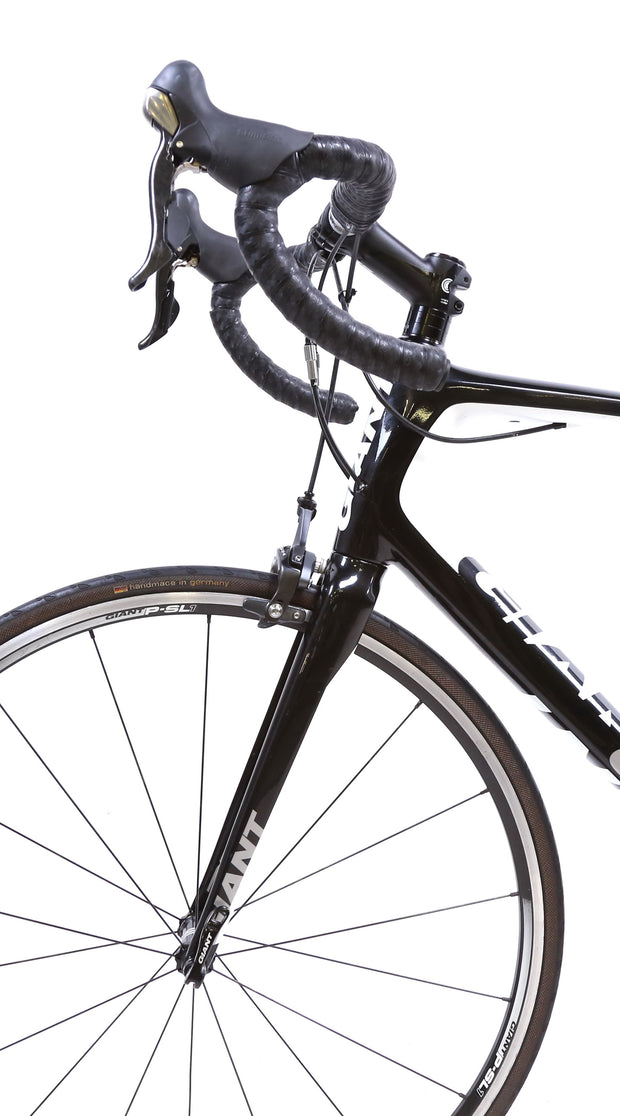 Giant Defy Advanced 2 Carbon Road Bike 2 x 10 Speed Ultegra ML / 53.5 cm