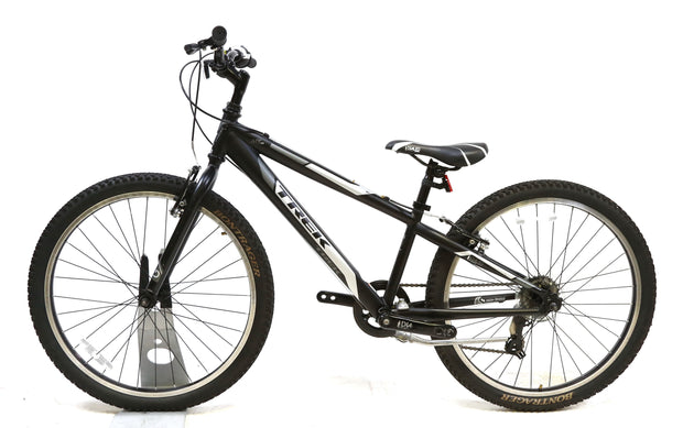 "Trek MT 200 Kids Bike 7 Speed Shimano 24"" Wheels Black"