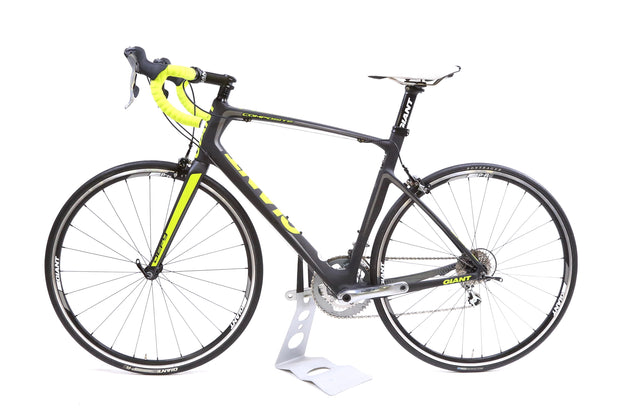 2014 Giant Defy Composite 3 Road Bike 2 x 10 Speed Shimano Tiagra M/L - 53.5 cm