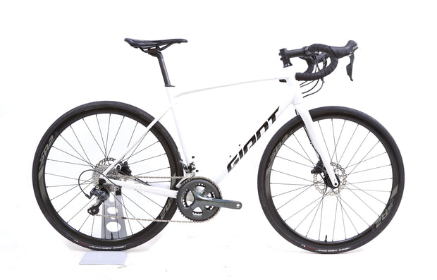 2020 Giant Contend AR 2 Road Bike 2 x 10 Speed Tiagra Disc ML / 53.5 cm