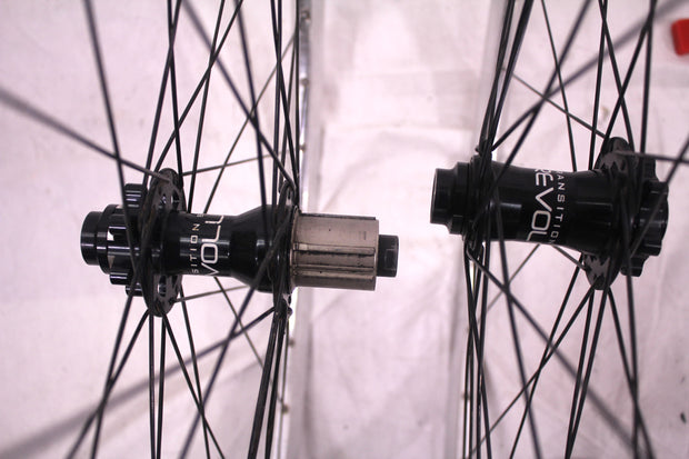 "Transition Bike Co Revolution 28 Clincher Wheelset 29"" Disc Brake 10 Speed"