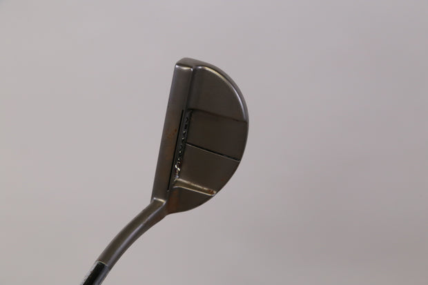 Odyssey White Hot XG #9 Putter 32.5 in Right Handed Steel Shaft