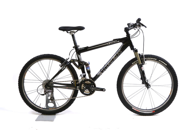 "Trek Fuel 98 Carbon 26"" Mountain Bike 3x9 Speed XT / XTR RockShox SID M / 17.5"""