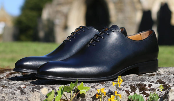 Wholecut Shoes | Definitive Style Guide