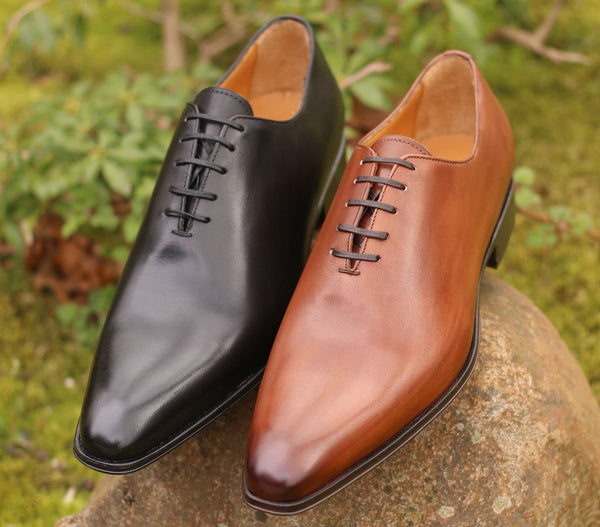 Wholecut shoes - black and brown