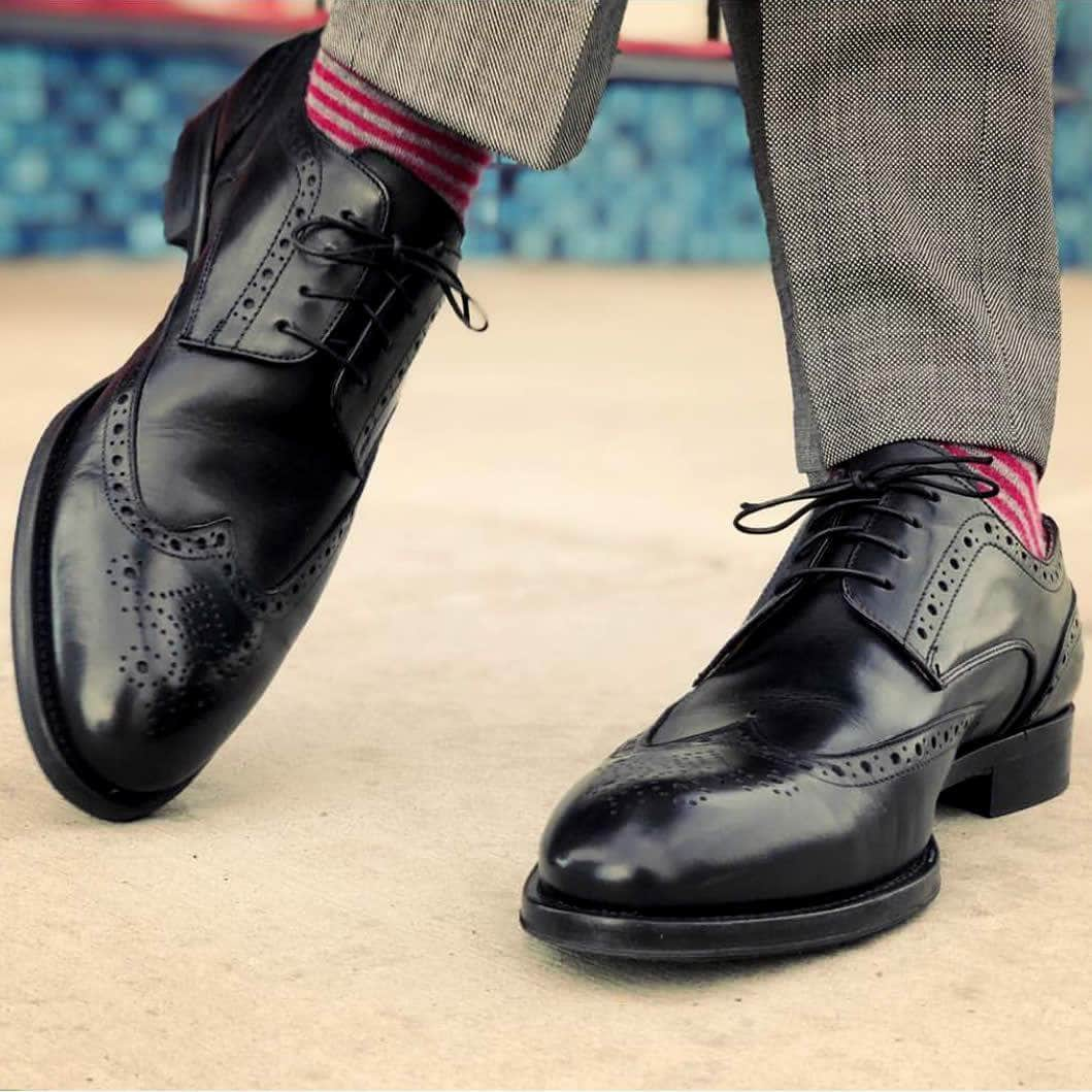 Wingtip Derby Shoes - Black