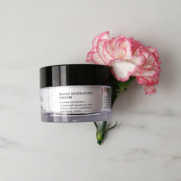 Joanna Vargas Daily Hydrating Cream, a light weight moisturizer and an anti-aging moisturizer