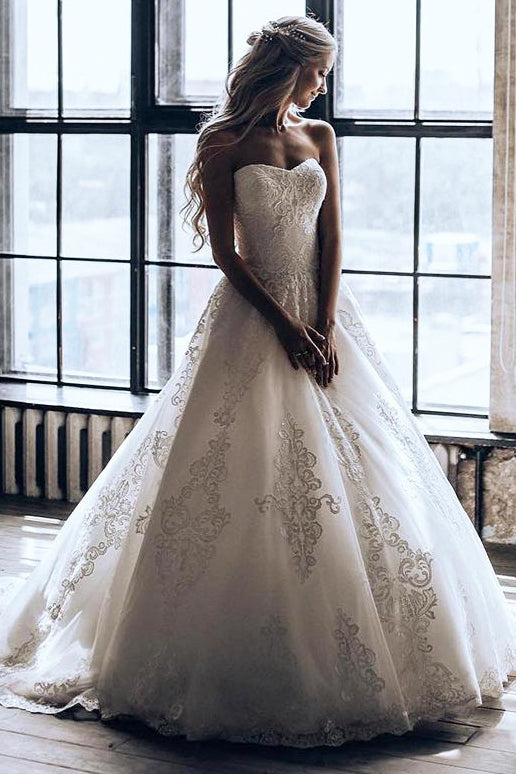 Long Strapless A-line Ivory Wedding Dress with Appliques