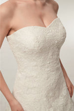 Princess Long Sweetheart A-line Ivory Wedding Dress with Lace
