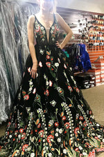 Gorgeous Black Floral Embroidered Prom Dress