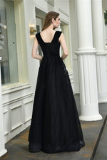 Fast Shipping V Neck Black Long Prom Dress with Appliques