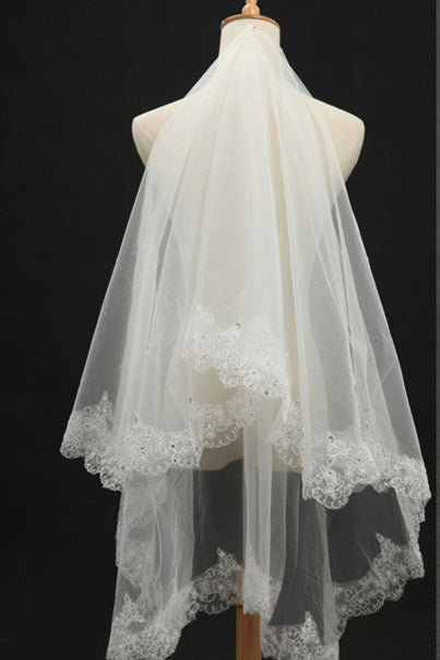 1.5 Meters Lace Appliqued White Bridal Veil