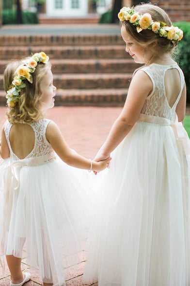 Cute Toddler White Flower Girl Dress with Ribbon