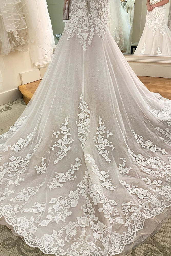 Princess Long Sweetheart Mermaid Ivory Wedding Dress with Lace