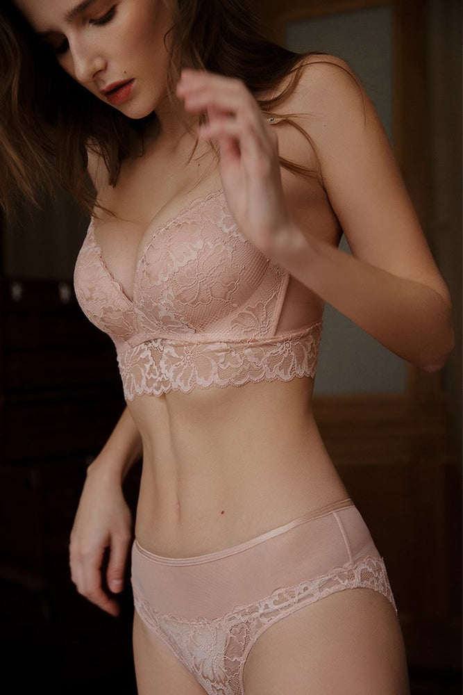 French Vintage Pearl Pink Lace Lingerie Set