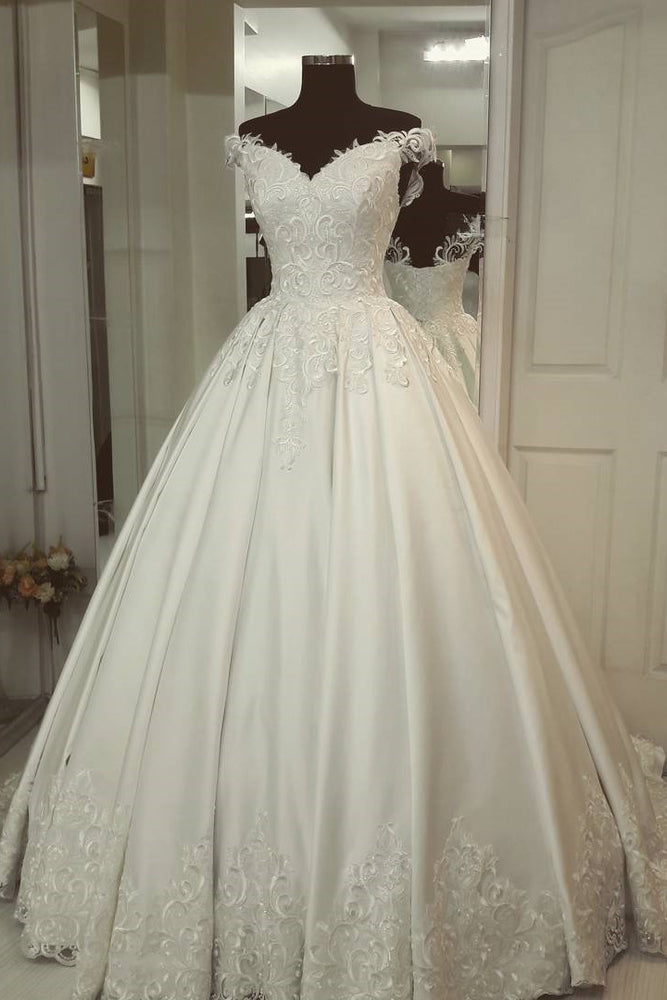 Princess Off-the-Shoulder Ivory Wedding Gown with Appliques
