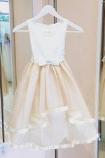 Adorable Flower Girl Dress with Bowknot