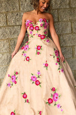 Hanmade Sweetheart Champagne Long Prom Dress with Floral Embroidery
