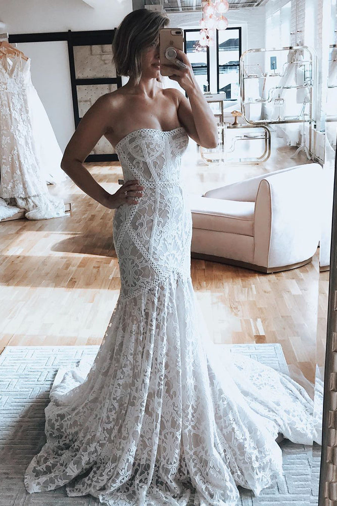 Mermaid Strapless Court Train Lace Wedding Dress
