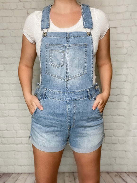 Rolled Hem Stretchy Denim Short Overalls Adjustable Shoulder Straps Five Pockets Belt Loops Side Button Closures Cuffed Hem True to Size 80% Cotton, 18% Polyester, 2% Spandex