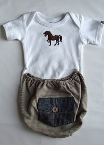 Check Bloomer and Horse Vest Set
